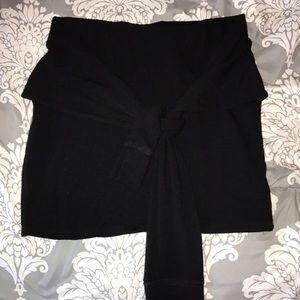 Stretchy black mini skirt